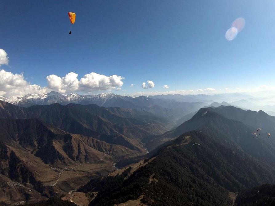 Latanie paralotnią w Himalajach